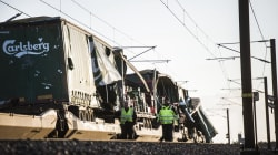 8 morts dans un accident de train sur un pont au
