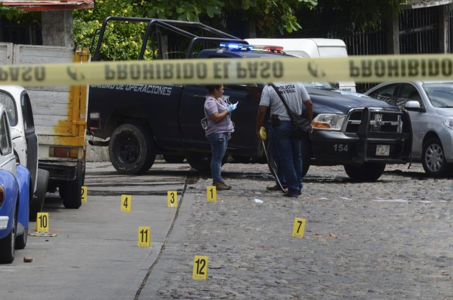 Dos hombres murieron acribillados en la parte alta de la colonia Cuauhtémoc, entre la calle 12 y Lázaro Cárdenas, en Acapulco, Guerrero, el 29 de agosto de 2016.