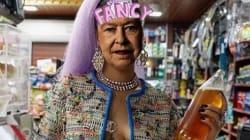 Rihanna relooke la reine d'Angleterre pour son