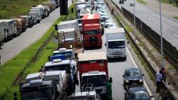 Caminhoneiros prometem suspender greve por 15 dias após acordo com o