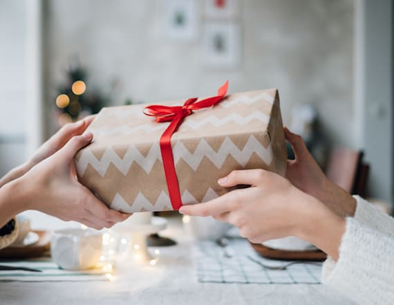 The joy of giving is real, according to new study