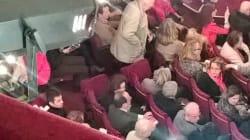 Pendant le débat de la gauche, Hollande était au théâtre pour voir