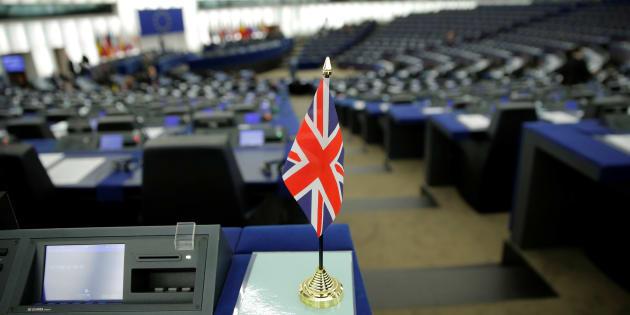 Le drapeau britannique, (pris ici en photo en janvier à Strasbourg) devrait disparaître du Parlement européen à partir de juillet. À moins que le Brexit ne soit reporté ce qui entraînera d'autres conséquences.