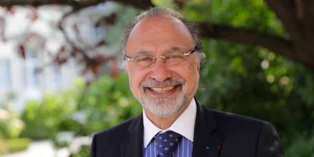 Olivier Dassault, le fils de Serge, va emmener des députés en mission à Monaco à bord de son Falcon personnel.