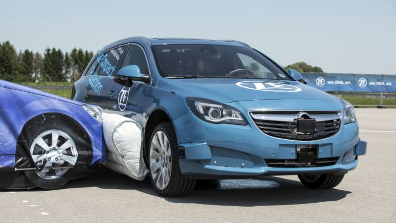 ZF demonstrates its external side airbag system