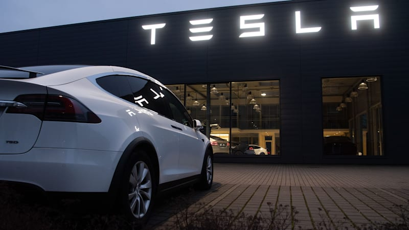 Tesla offers $2B in added shares to capitalize on stock surge