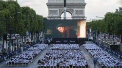 Les Champs-Élysées transformés en cinéma