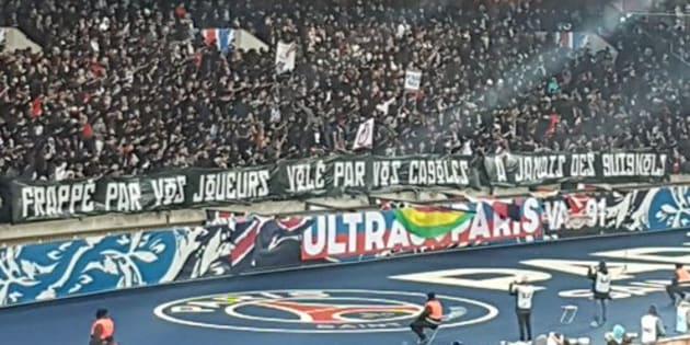 PSG-OM: Raquel Garrido avait son mot à dire sur cette banderole des ultras parisiens.