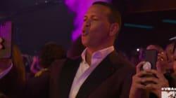 La réaction adorable d'Alex Rodriguez pendant le show de Jennifer Lopez aux