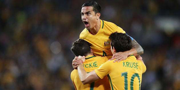 Australia beats 10-man Syria in World Cup play-off