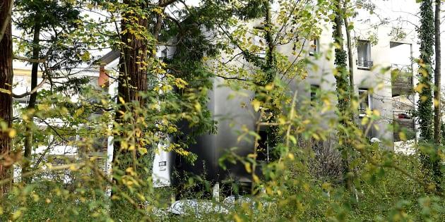 En Isère, l'incendie criminel de la gendarmerie revendiqué par un groupe féministe libertaire.