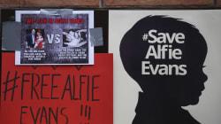 Muere Alfie Evans, el bebé que conmovió al papa