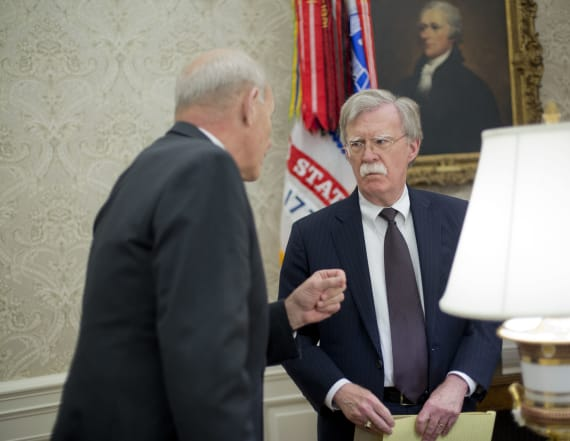 Report: Kelly, Bolton get into shouting match