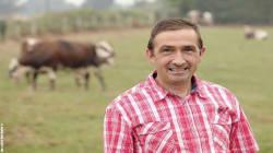 Un agriculteur vierge de 52 ans dans la nouvelle saison de