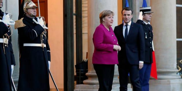 Macron n'est-il pas allé trop vite en recevant Merkel à l'Élysée?