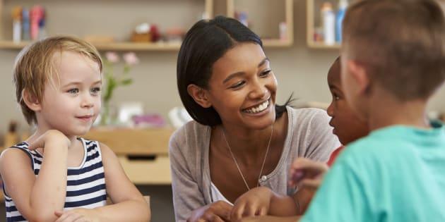 Après un burn out, j'ai quitté l'Education nationale pour enseigner dans une école Montessori.