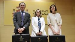 Pedro Duque, la estrella del triple traspaso de carteras, junto a Nadia Calviño y Reyes