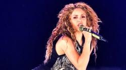 Shakira défend un fan contre son propre service de