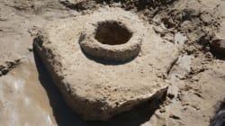 El temporal descubre restos de calzada romana y acueducto en playa de