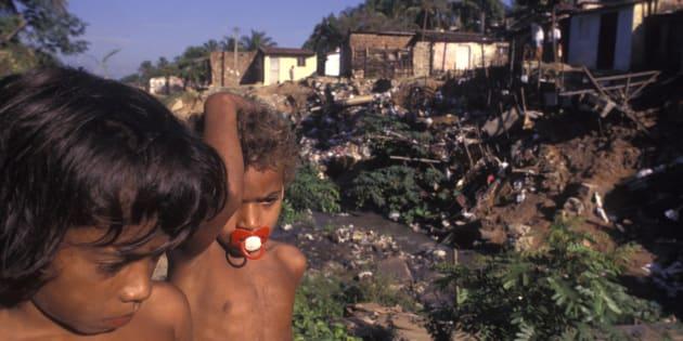 De acordo com o Atlas Esgotos, a universalização do esgotamento sanitário na área urbana do país necessitaria de R$ 150 bilhões em investimento.