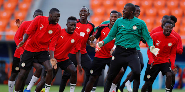 Comme l'équipe du Sénégal, chantez et dansez, c'est le meilleur moyen de lutter contre le stress