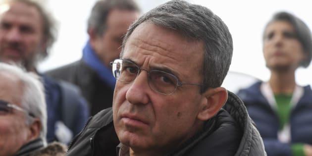 """Sergio Costa, ministro dell'Ambiente: """"No alle trivelle o me ne vado"""""""