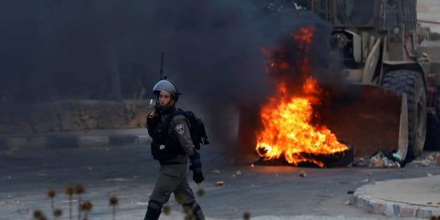 Un policier israélien à la frontière lors de tensions avec la Palestine, en juillet 2018, près de Ramallah.
