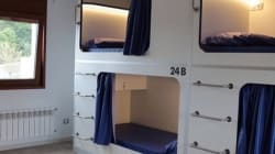 Dormir en dos metros cuadrados: el proyecto de pisos colmena que indigna en