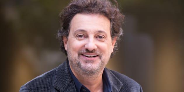 Senza barba è irriconoscibile: chi è questo attore italiano? - Gossip