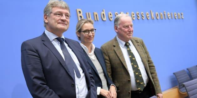 El presidente del partido ultraderechista Alternativa para Alemania (AfD), Joerg Meuthen; la candidata Alice Weidel, y el candidato de AfD Alexander Gauland.