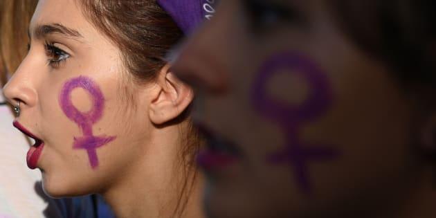7 em cada 10 adolescentes da Inglaterra se declaram feministas