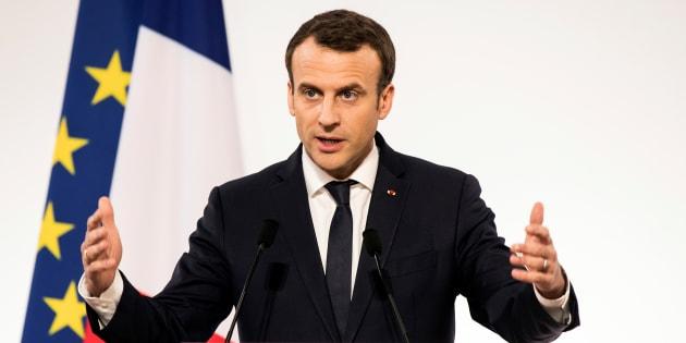 """Emmanuel Macron aux jeunes agriculteurs: """"Il n'y aura jamais de bœuf aux hormones en France"""""""