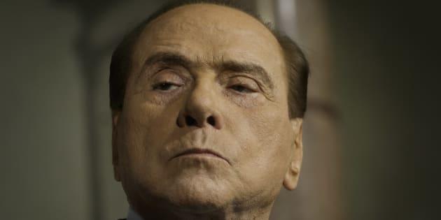 """Silvio Berlusconi: """"Davanti ai 5 stelle la gente si sente come gli ebrei davanti a Hitler"""""""