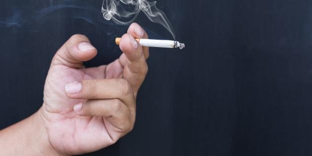 Cassazione: fumatore si ammala di tumore, niente risarcimento