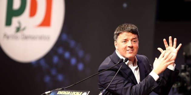 CENTRO CONGRESSI LINGOTTO, TORINO, ITALY - 2018/01/13: Italian Democratic Party leader Matteo Renzi speaks during the meeting Energia Locale per amministrare il futuro . (Photo by Marco Canoniero/LightRocket via Getty Images)