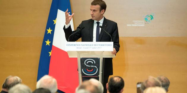 Emmanuel Macron devant la Conférence nationale des territoires réunie au Sénat à Paris, le 17 juillet.