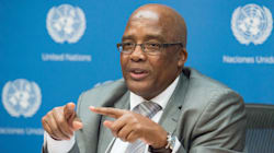 Motsoaledi: The Rich And The Poor Must Be Able To Reach Both Healthcare