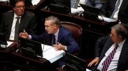 Ira contra un senador argentino que defiende que hay violaciones