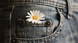 Cette maman dénonce le manque de poches dans les jeans de sa fille et cela parle à bien des