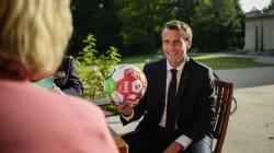 Macron verra France-Belgique en Russie avec des ex-gloires du foot