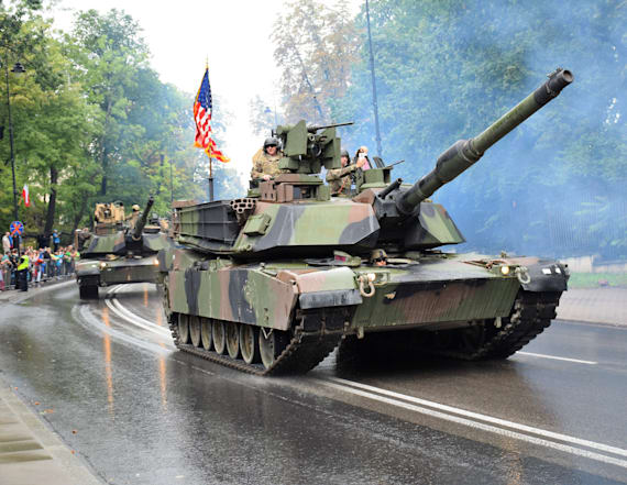 Report: Thousands may march in US military parade