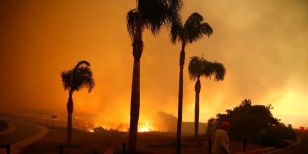 """Malibu menacée par """"Woosley Fire"""" vendredi 9 novembre."""