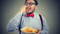 Cuatro malos hábitos alimenticios que hacen