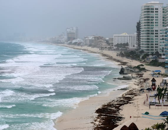 Fla. declares state of emergency as storm nears