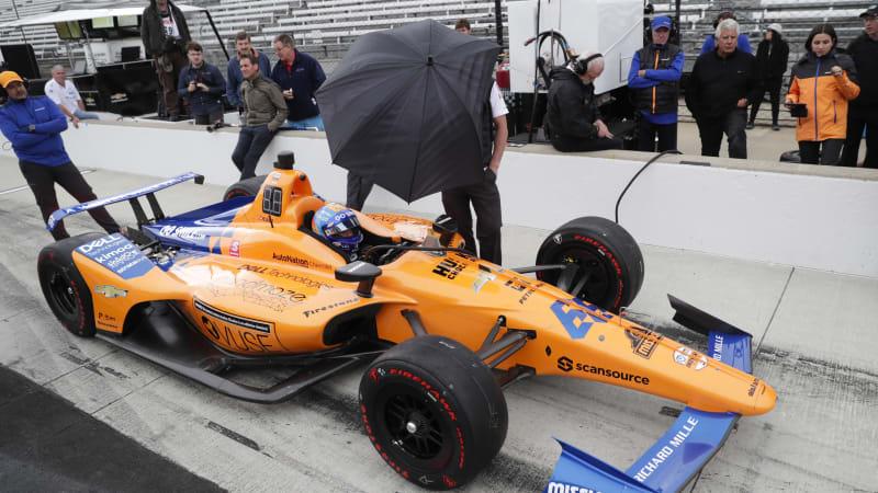 Fernando Alonso sputters in his Indy test – Automotivetestdrivers