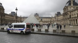 L'assaillant du Louvre mis en examen pour tentatives d'assassinats