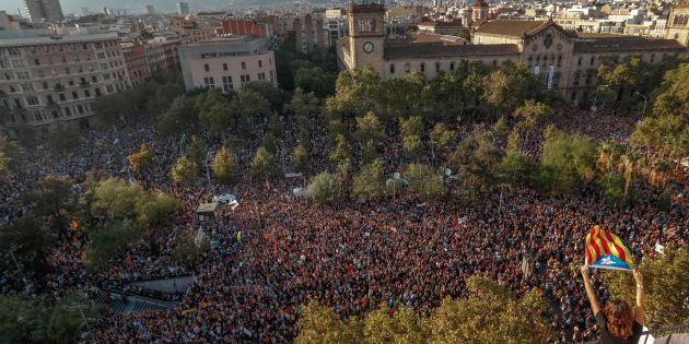 La Catalogne en grève générale mardi, le mouvement suivi par le Barça et la Sagrada Familia