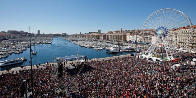 Le meeting de Jean-Luc Mélenchon du 9 avril 2017 à Marseille a-t-il été influencé par celui du général de Gaulle du 17 avril 1948?