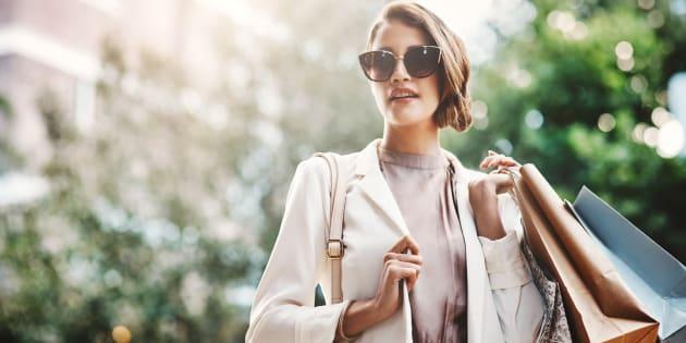 No está mal que la moda te apasione porque representa quién eres y es una forma que tienes para expresarte.