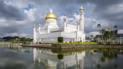 Il Brunei introduce la lapidazione per omosessuali e